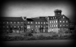 Abandoned Chesterfield Mill Ghost Hunt
